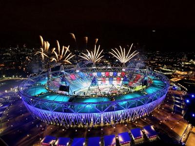 2012 倫敦奧運開幕成功方程式:70,500組燈光板、370公里的電纜