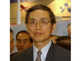 經濟部長公開呼籲要國人多愛用 HTC ,你認為呢?
