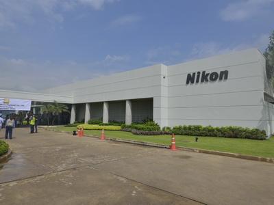 Nikon 泰國工廠參觀,來看看相機組裝作業和淹大水後的故事