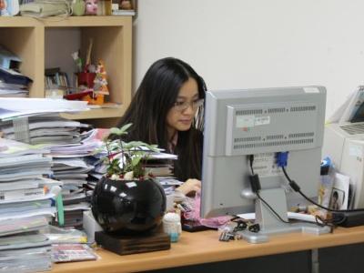 編輯私密座位大公開!看看辦公室內藏了什麼好物