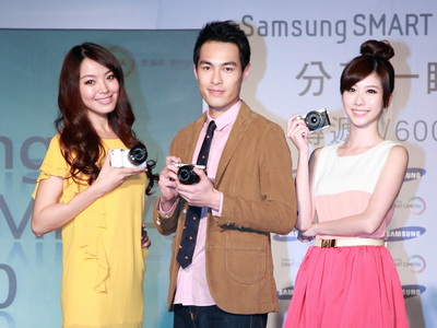 Samsung NX300 微單眼上市,買就送 Adobe Photoshop Lightroom