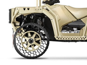 美國 Polaris公司明年就要推出量產版的「NPT」免充氣越野輪胎