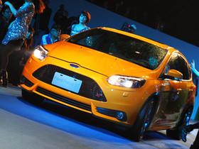 福特重量級全球戰略車款即將登台 : Focus ST性能鋼砲!