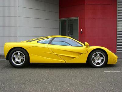 猜猜這輛零公里數的 McLaren F1價值多少錢?