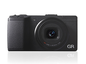 Ricoh GR 正式發表, APS-C 感光元件再現 GRD 經典傳奇、定價 799 美金
