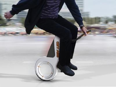 城市小屁股折疊式電動單輪車,讓你通勤時來段雜耍特技