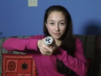 體溫-可穿戴計算設備的新能源?15歲少女發明利用體溫發電的手電筒