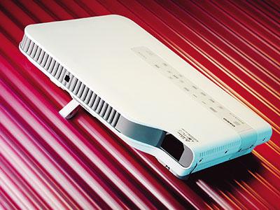 Casio XJ-A256 評測:混合式光源的輕薄商務機