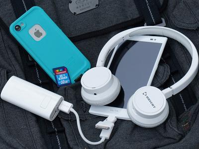 小編樂活輕旅行,必帶 3C 科技產品! | T客邦