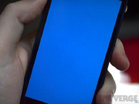 藍色畫面不是 Windows 專利,iPhone 5s 這回也出現死亡藍屏重開機窘境