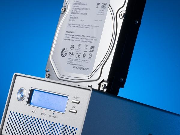 動手組裝多碟 RAID 外接盒(下) :效能先決 9 大外接盒傳輸見真章