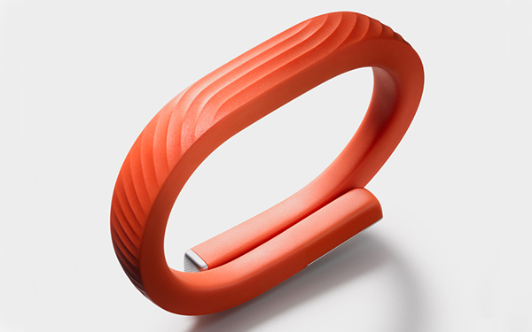 Jawbone UP24 新手環登場,加入藍牙不必取下手環就能同步數據