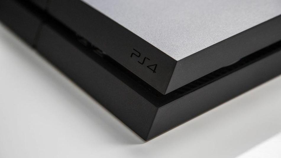 PS4 開賣首日破 100 萬台,但機器缺陷引發消費者抱怨