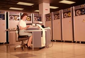 什麼叫老而彌堅:60 歲的磁帶仍是商業儲存首選