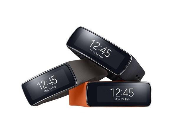三星拓展穿戴式裝置產品 全新Gear Fit引領趨勢  融合時尚風格、健身功能與便利性 提供消費者極致超凡的連線能力