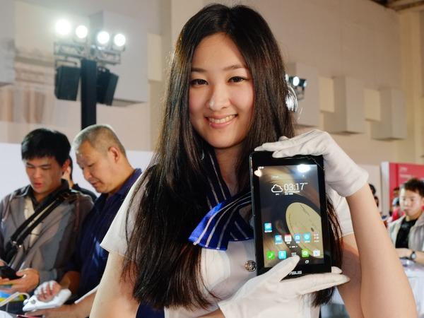 Asus ZenFone 全球首賣,ZenFone 5 超值價格 4,490 元起(內有資費方案整理)