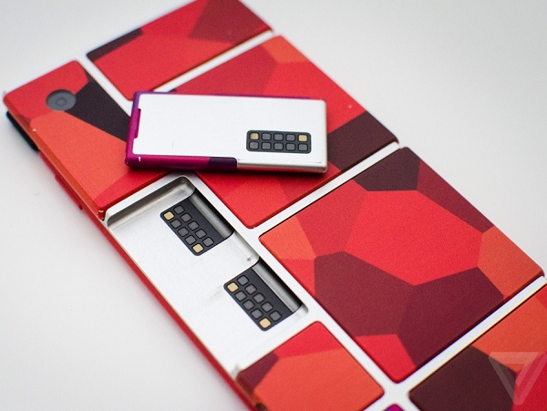 醫療、遙控...模組出現在 Project Ara 第一次開發者大會,手機模組市場有可能成為下一個 App Store?