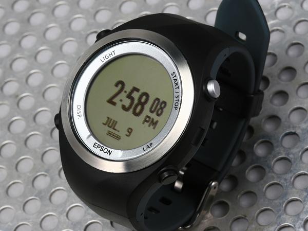 汗水實測!EPSON Runsense SF-710S 專業鐵人 GPS 手錶