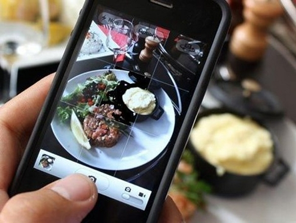 智慧型手機改變了什麼?看看紐約一家知名餐廳的控訴