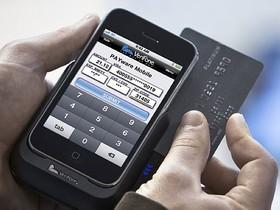 如何修改 Apple Store、Google Play、以及 PayPal 裡的信用卡資料?