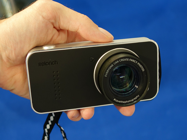 這個手機殼,讓你的iPhone 變APS-C相機
