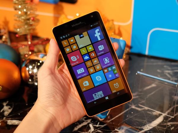 台灣首款以微軟命名的手機 Lumia 535 登場,入門價不到五千