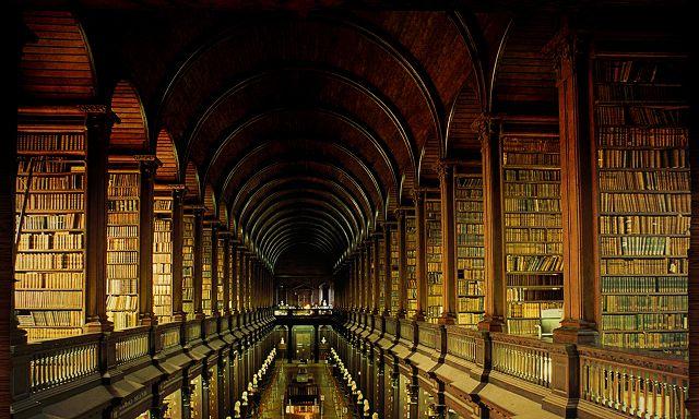 《王者歸來》第一章:解開智慧之鑰,歷史學者的考題