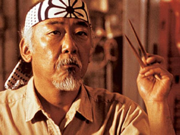 對西方人來說,筷子很難用...看他們怎麼將筷子加上「外掛」