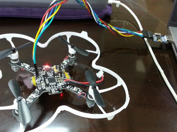 四軸飛行器 DIY 實作坊 活動報導:硬體組裝、開發環境、飛行教學初體驗