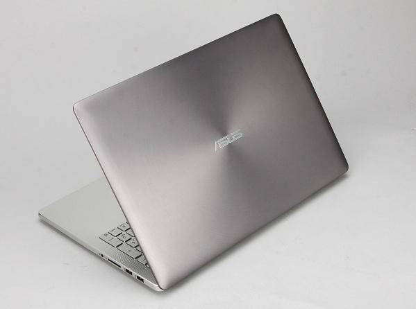 輕薄筆電大戰,Asus ZenBook Pro UX501 挑戰 MacBook Pro 行不行?