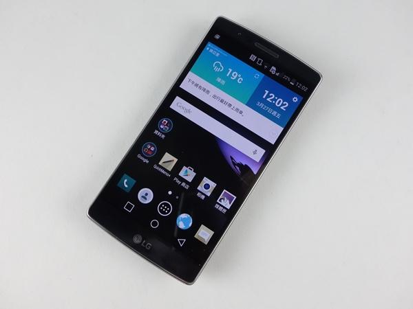 集科技大成之作 LG G Flex 2 評測,S810 處理器、曲面螢幕、自動修復背蓋