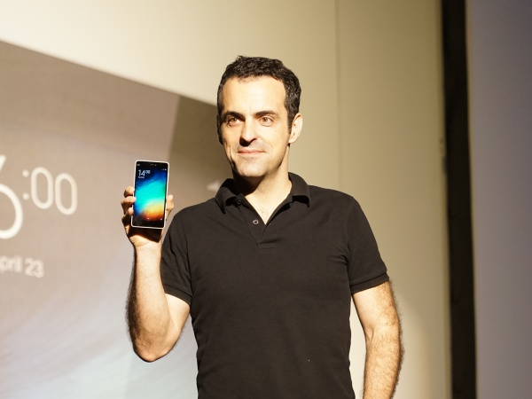 Hugo Barra 來台發表小米手機 4i,並宣布台灣小米之家6月正式成立