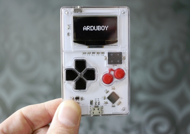 將Arduino 變成Game Boy,還可自行設計遊戲的Arduboy