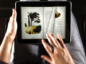 睡覺前玩iPad會讓你失眠
