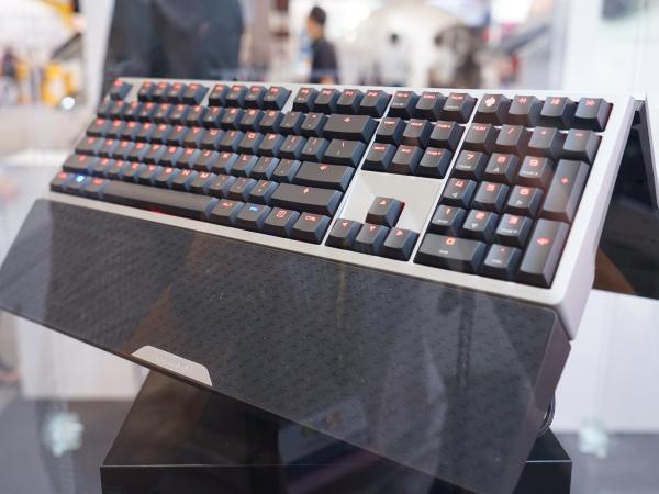 Cherry 推出鋁合金上蓋背光鍵盤,主打超快 1 毫秒反應速度,不過售價可不便宜!