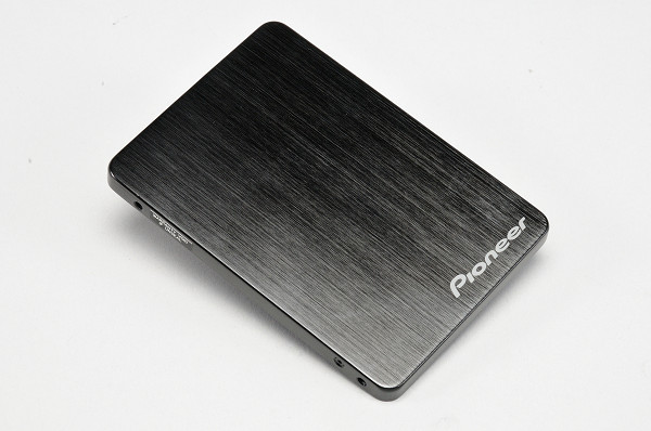 Pioneer APS-ST1 實測,老廠搶進固態硬碟市場再推 TB 級新品