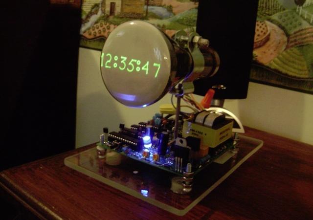 復古技客風,自己動手做示波器時鐘