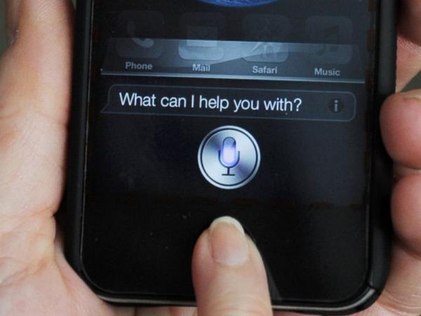 在世界各國,人們用不同的語言挖掘出 Siri 有哪些神回答?