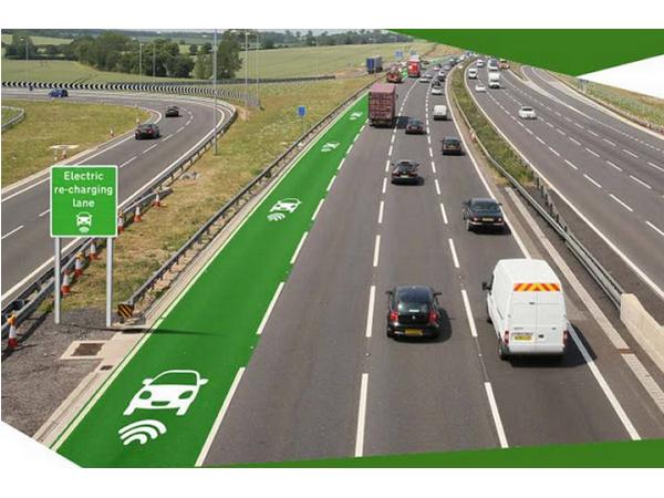 英國首見高速公路「電動車專用車道」,一路往下開免找充電站