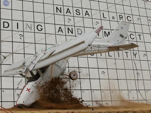 大開眼界,看看NASA是怎麼進行他們太空船的撞擊測試?