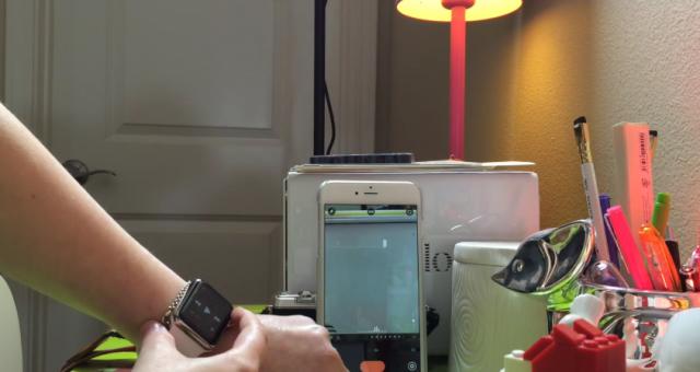 隱藏功能!將Apple Watch數位錶冠當作遙控快門!