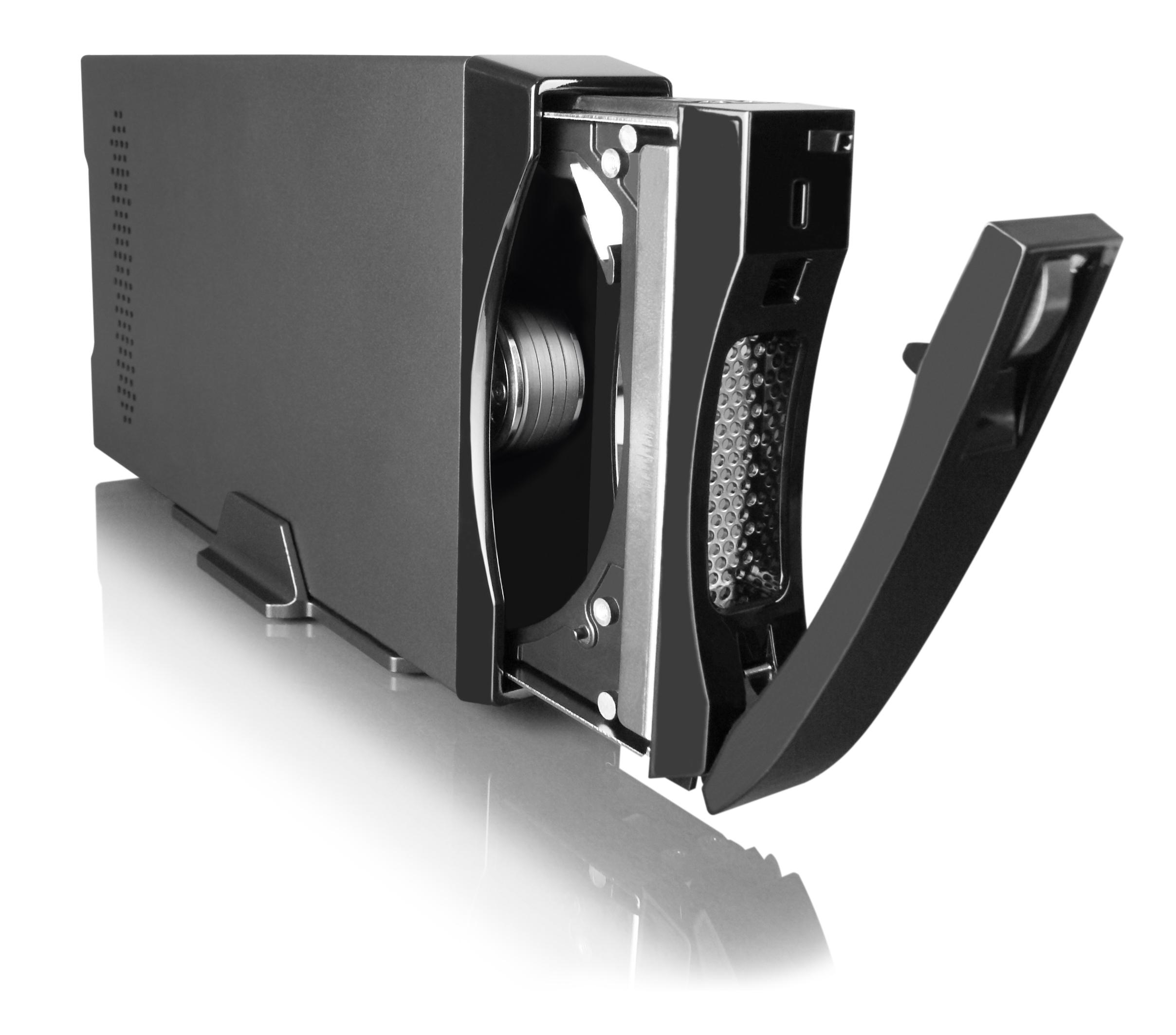 銳銨科技推出第一台同時支援eSATA和USB3.0的硬碟外接盒!