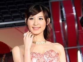 【T正妹】陳以庭、可藍 小巨蛋婚紗展比人氣