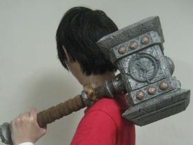 【魔獸世界】泡棉版「毀滅之錘」Doom Hammer 開箱實況!