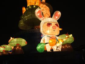 【英雄聯盟】英雄聯盟造型燈區啟動 20日起點亮台北天空  慶賀台服玩家突破300萬大關