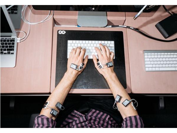 前進蘋果神秘實驗室,揭露iMac周邊產品背後的故事