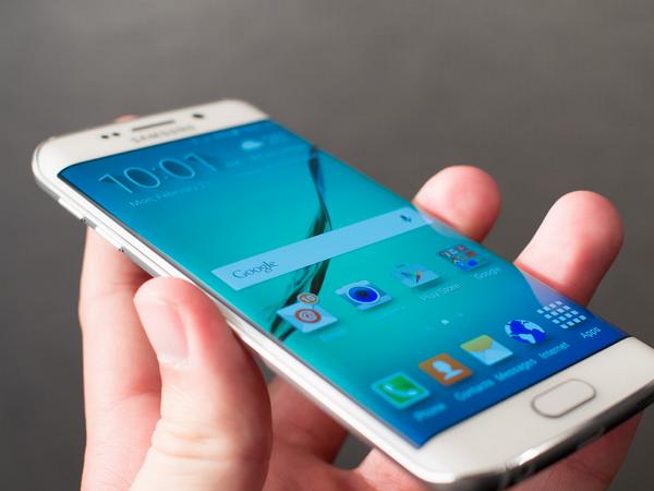 三星 Galaxy S6 Edge 被 Google 找出 11 處漏洞
