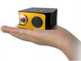 隨身聽轉個彎,變身 微型投影機