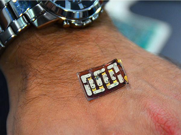 這塊晶片,打算讓你的智慧手錶一年不充電
