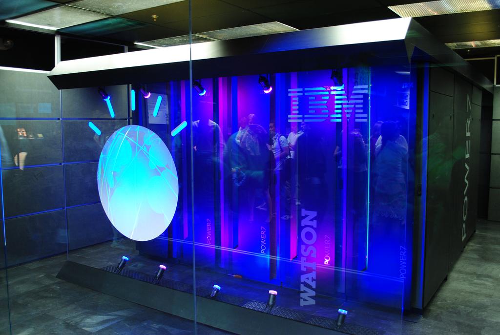 Under Armour 與 IBM 合作,透過超級電腦推運動教練系統